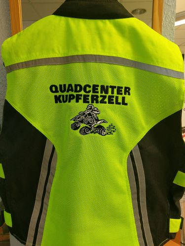 Germas Warnweste Quadcenter Kupferzell Logo